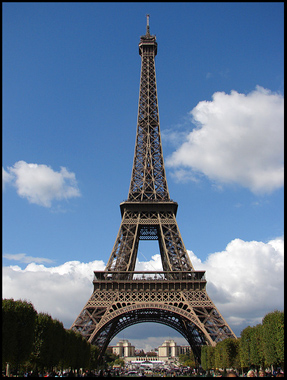Detailed Picture  Eiffel Tower on Recognize The Eiffel Tower It S